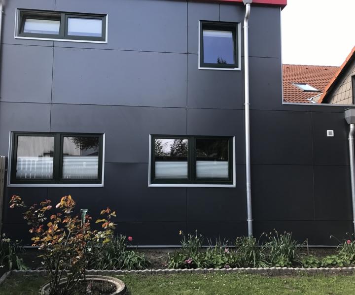 HPL-Fassadenarbeiten Dachdecker Steding